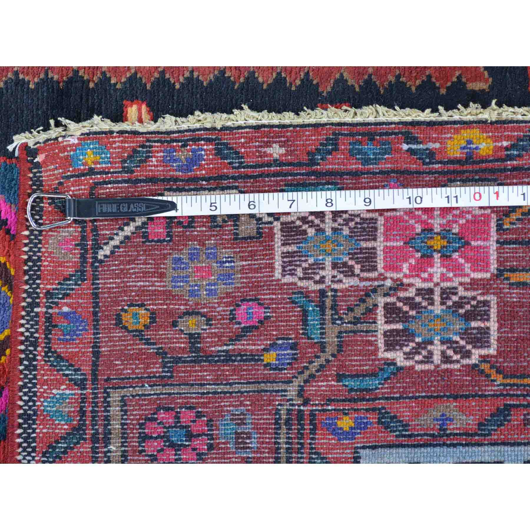 Persian-Hand-Knotted-Rug-122750
