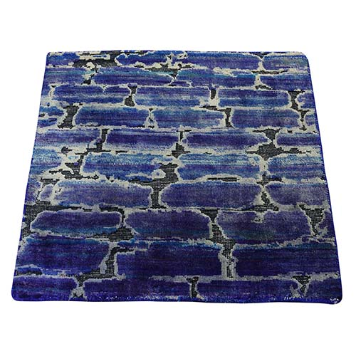 DIMINISHING BRICKS Sari Silk with Textured Wool Hand-Knotted Oriental Rug