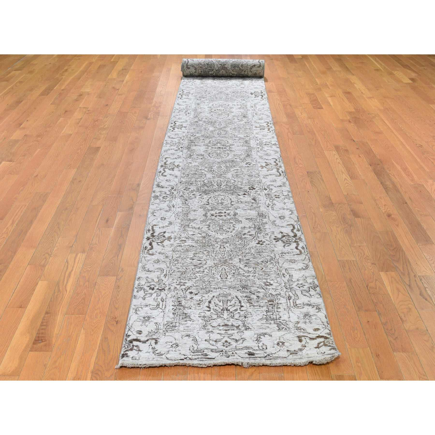 Heriz-Hand-Knotted-Rug-240180