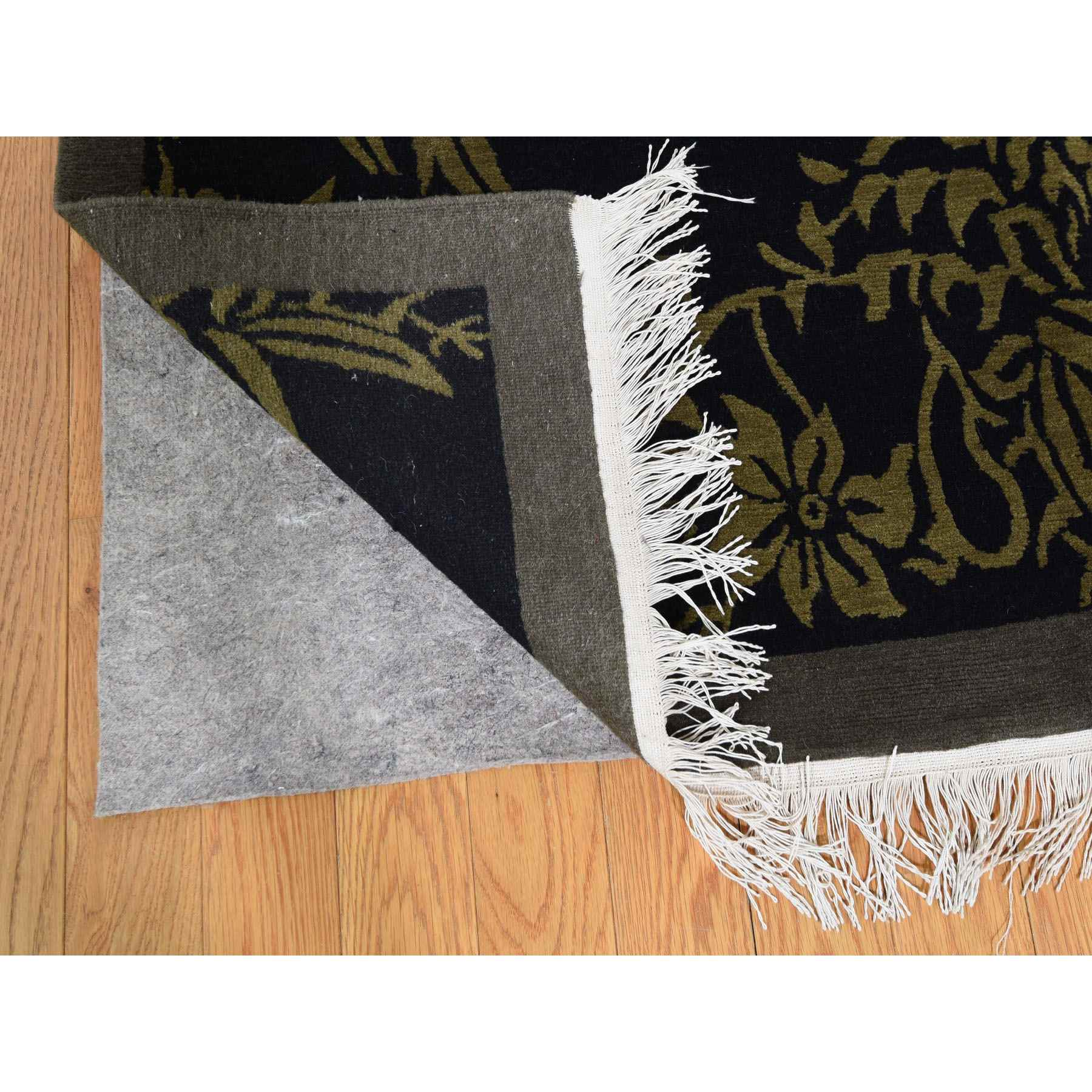 Modern-and-Contemporary-Hand-Knotted-Rug-243900
